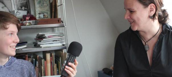 Reporter Ilya interviewt die Mediengestalterin Anne Lahnert